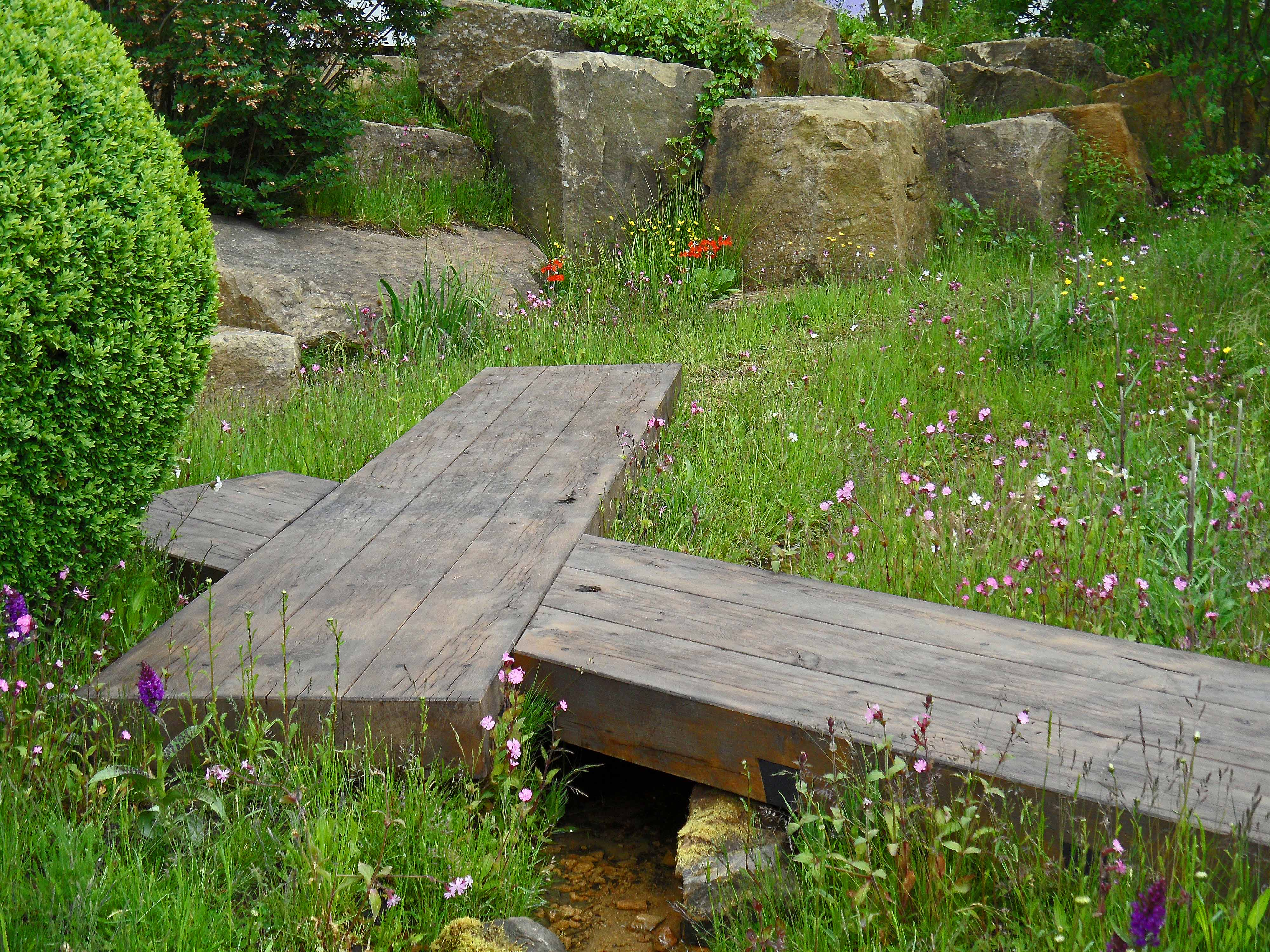 the evaders garden