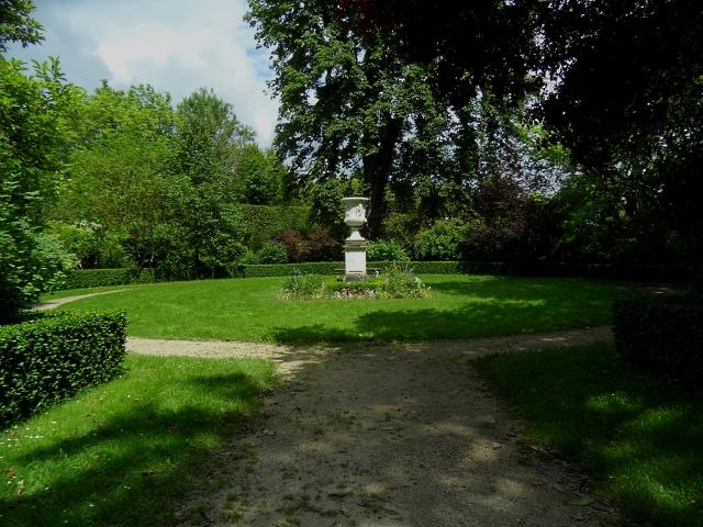 Versailles Kings Garden 3 616