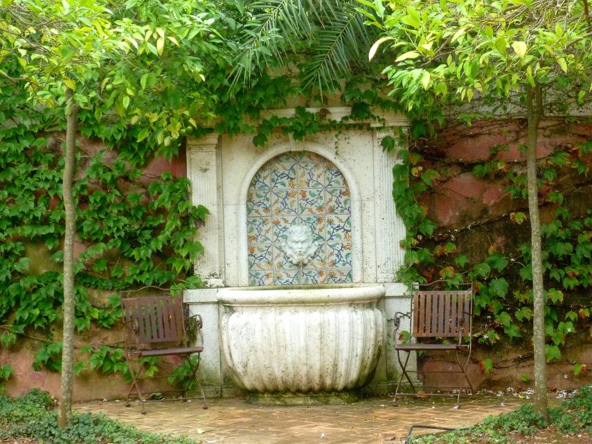 Alicante Albarda renaissance fountain 1017